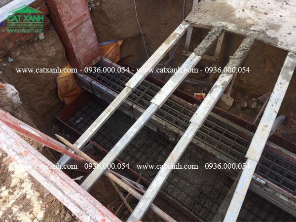 Công tác đổ móng đà kiếng nhà phố anh Khương