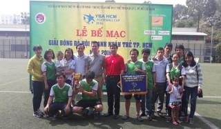Trận chung kết giải bóng đá doanh nghiệp trẻ YBA 2016